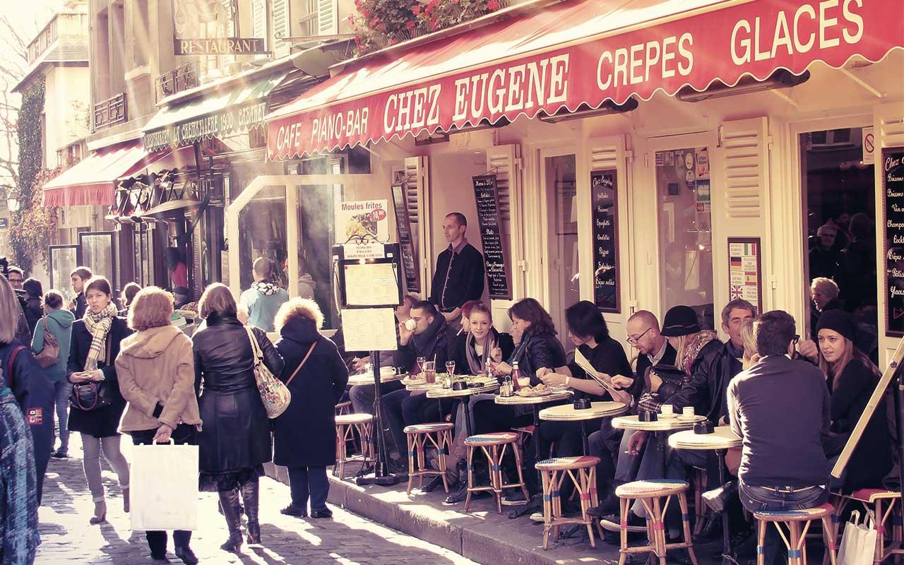 Ob für ein grosses Frühstück oder nur eine kleine Kaffeepause, die Charmanten und liebevoll eingerichteten Bistros laden zum verweilen ein.