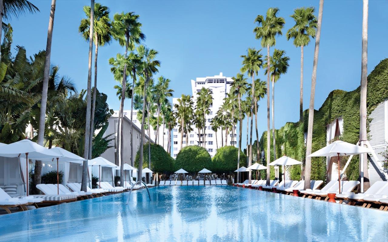 Das Hotel Delano gilt auch als Reiseziel vieler Prominente und ist bekannt für den schönen Beach Club.